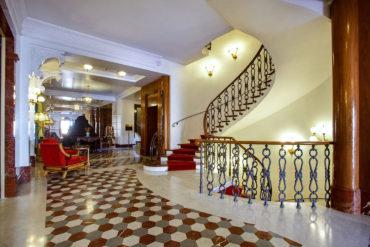 Foyer Sala Congressi - Hotel Albani Firenze