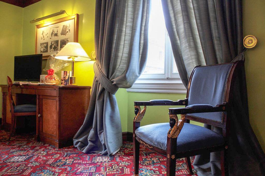 Dettaglio di una camera- Hotel Albani Firenze